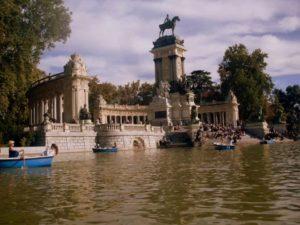 Φοιτητική ζωή στην Ισπανία el retiro madrid
