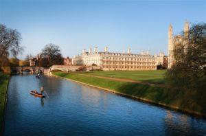 Μεταπτυχιακά στην Αγγλία Punting-Tours-Cambridge